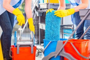 Umývanie podláh strojom